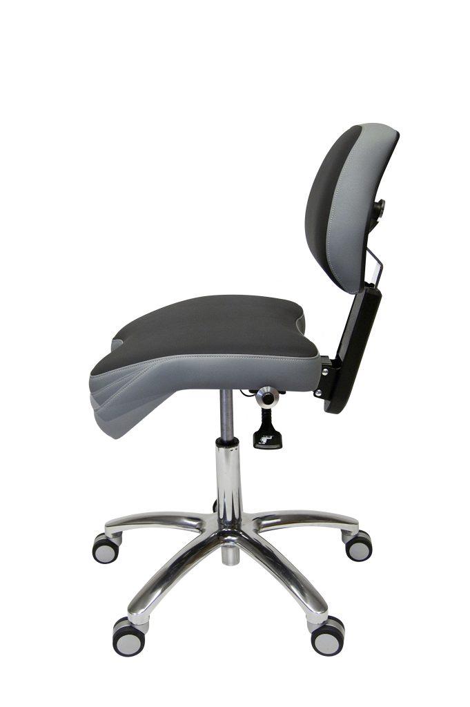 Wypróbuj specjalne ergonomiczne krzesło BackUp BQE do pracy w lupach
